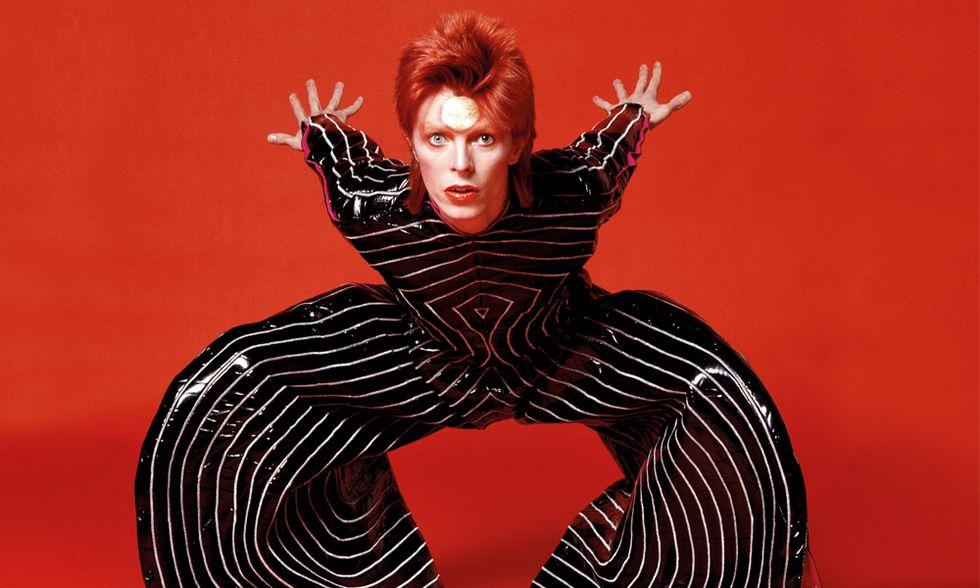 David Bowie: 40 anni di Ziggy Stardust, l'alieno sessualmente ambiguo