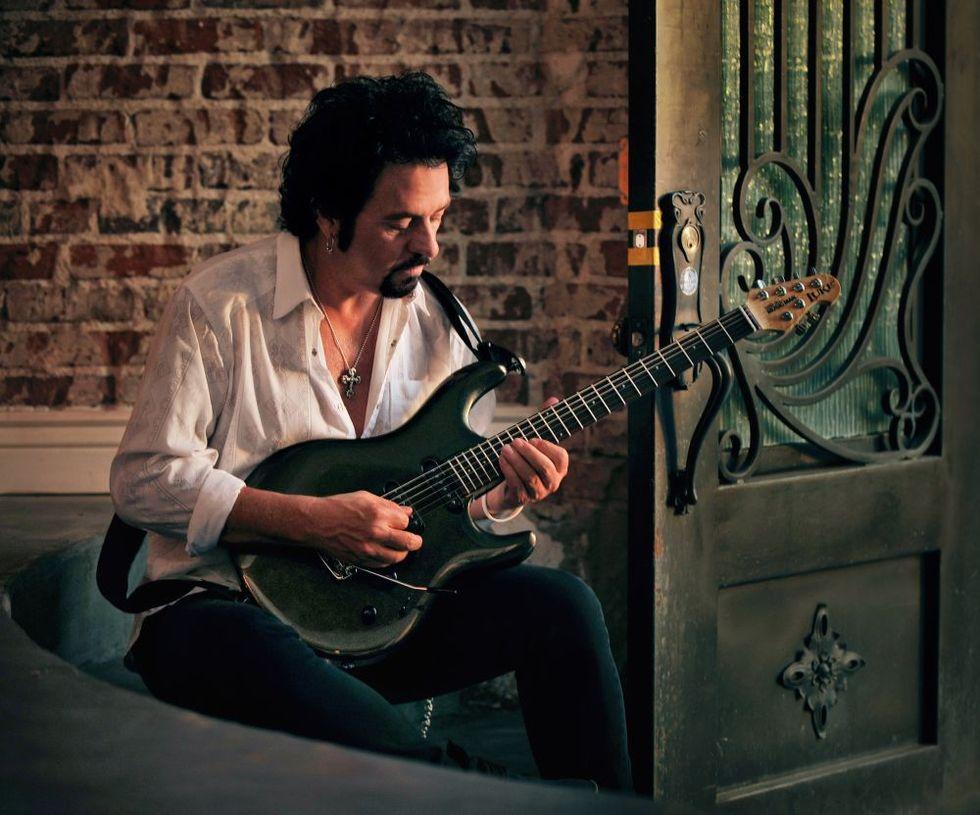 Steve Lukather: la chitarra dei Toto incanta Milano