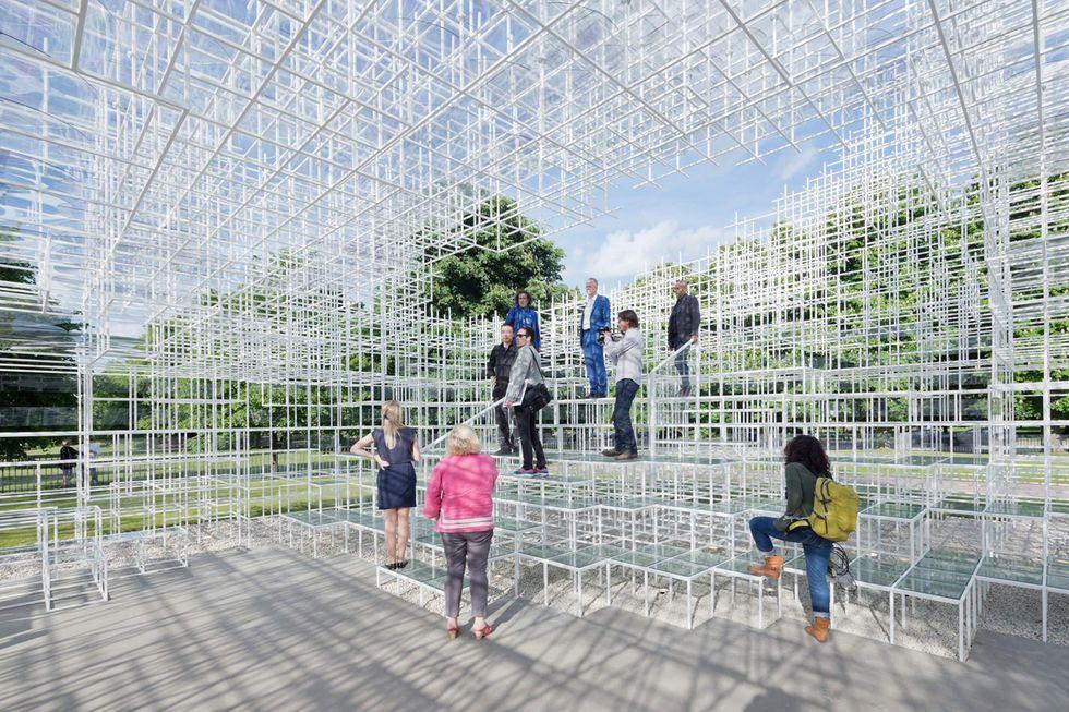 Il padiglione di Sou Fujimoto per la Serpentine Gallery di Londra