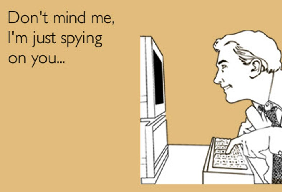 Chat e social network: ecco come ci spiano