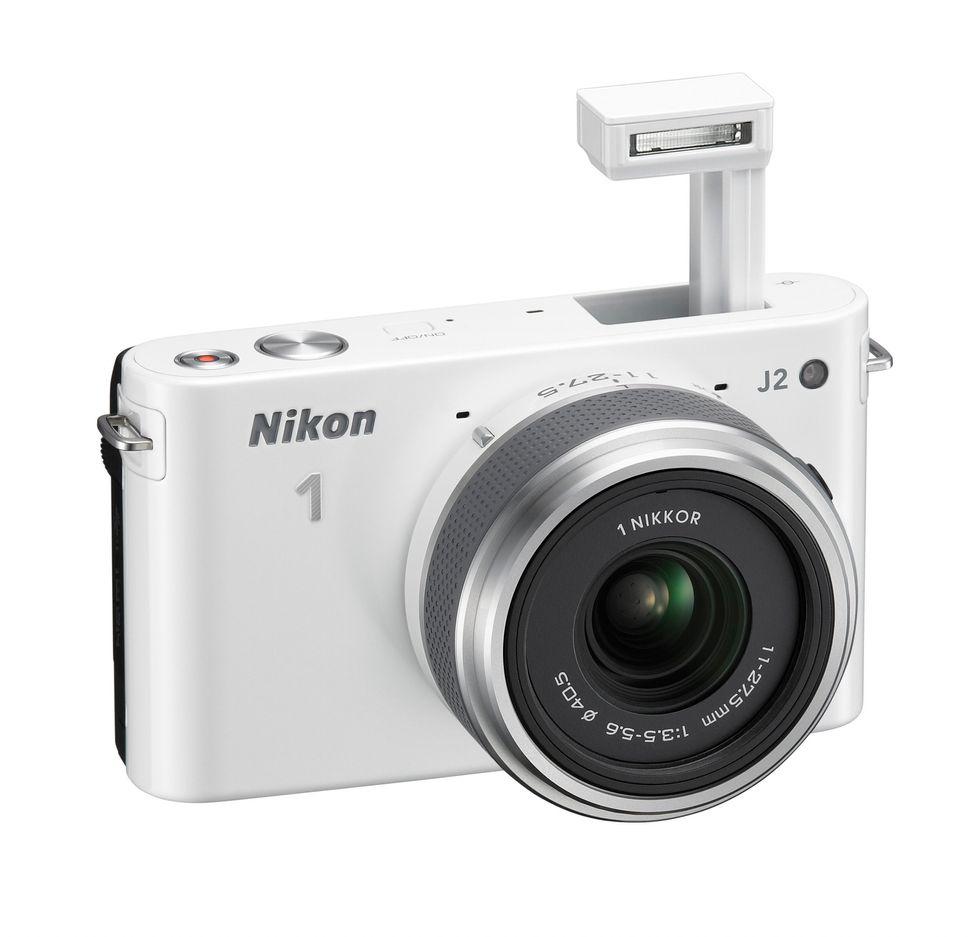 Nikon 1 J2 contro Canon Eos M: quale mirrorless scegliere?