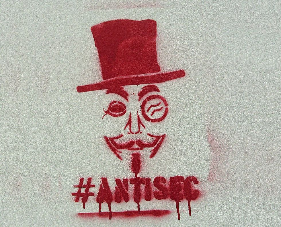 AntiSec, gli hacker ottengono 12 milioni di ID Apple. La fonte sarebbe l'FBI