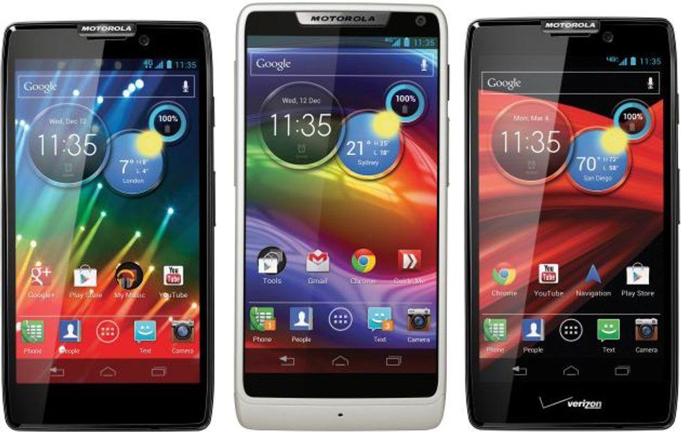 Motorola, tre nuovi Razr per rispondere all'iPhone 5