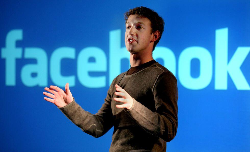 Facebook, scordatevi pure il Facebook Phone, parola di Zuckerberg