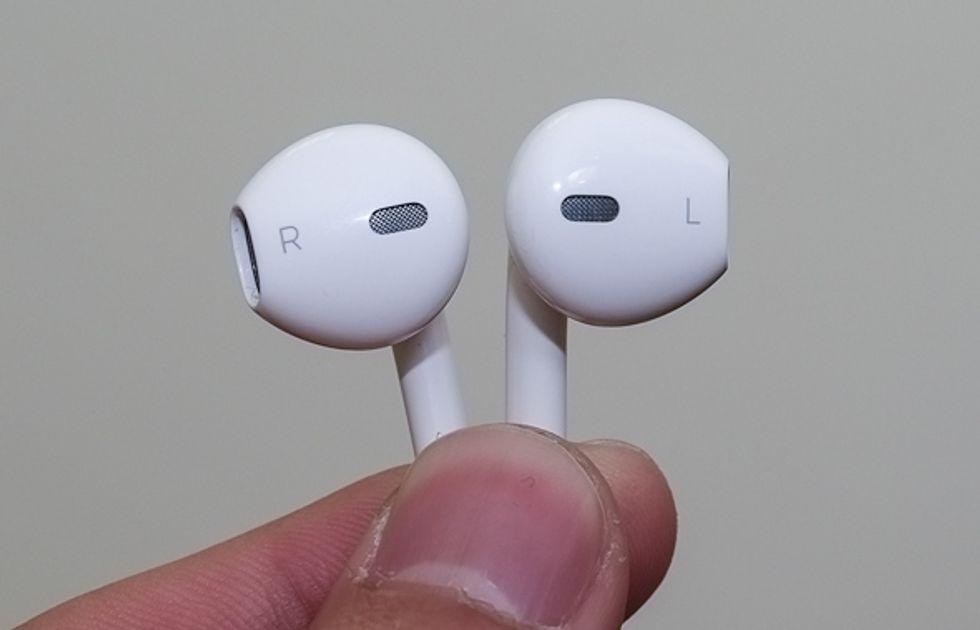 iPhone5, sono questi i nuovi auricolari Apple?