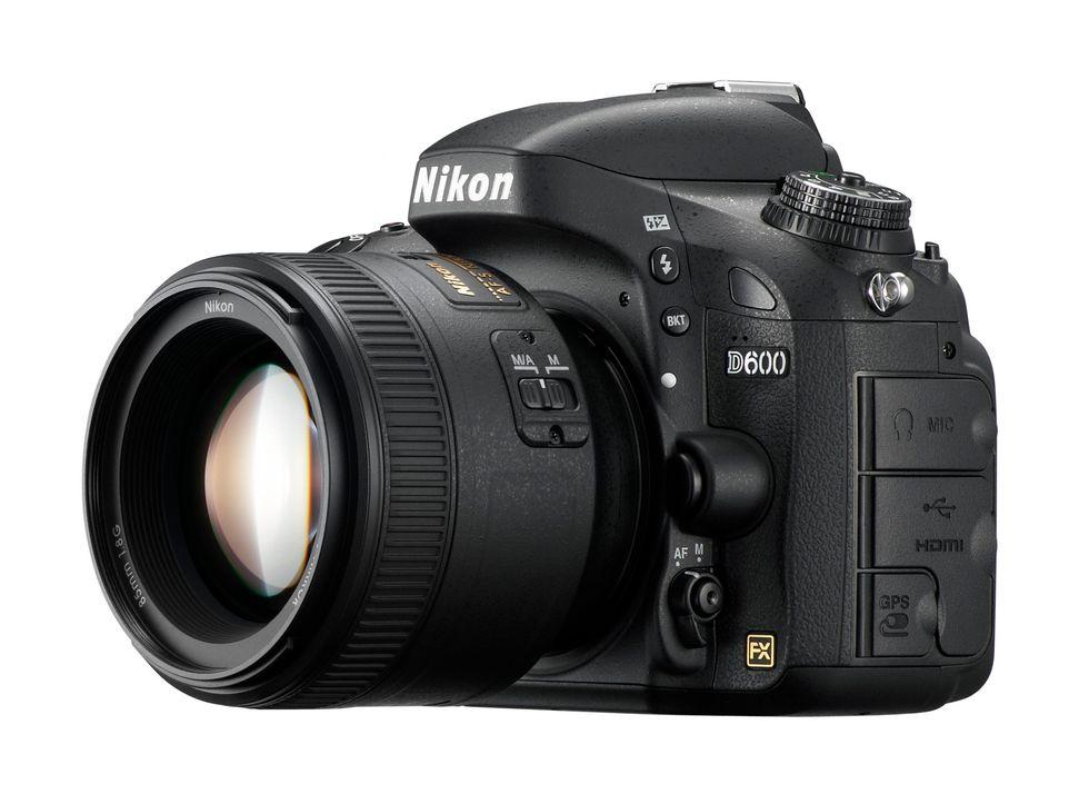 Nikon D600: la full-frame compatta (anche nel prezzo)