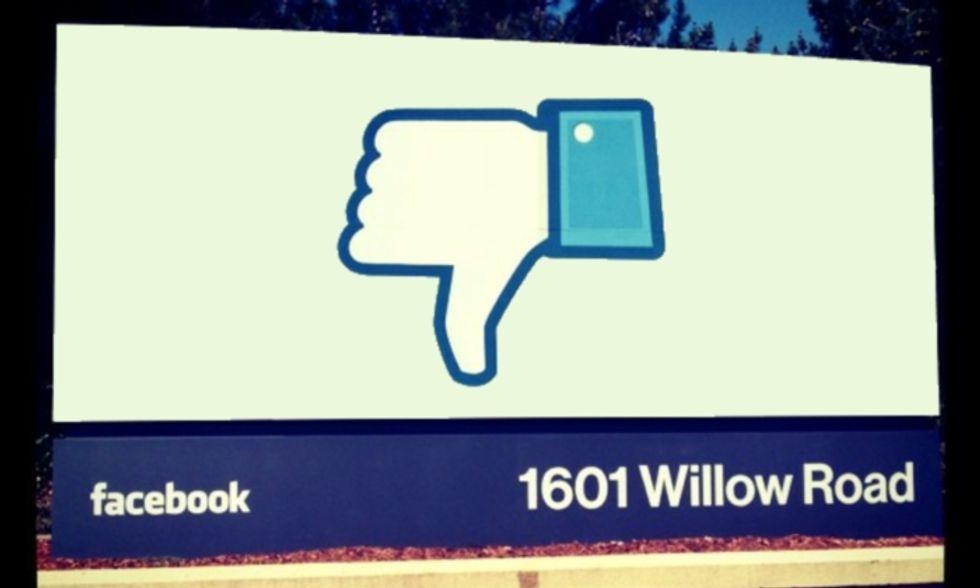 Facebook, sono messaggi privati quelli che vedo sulla Timeline?