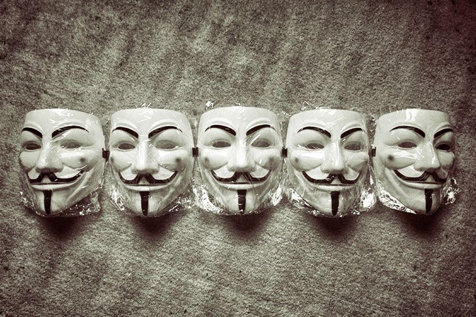 Zynga, Paypal e Symantec... Anonymous contro tutti