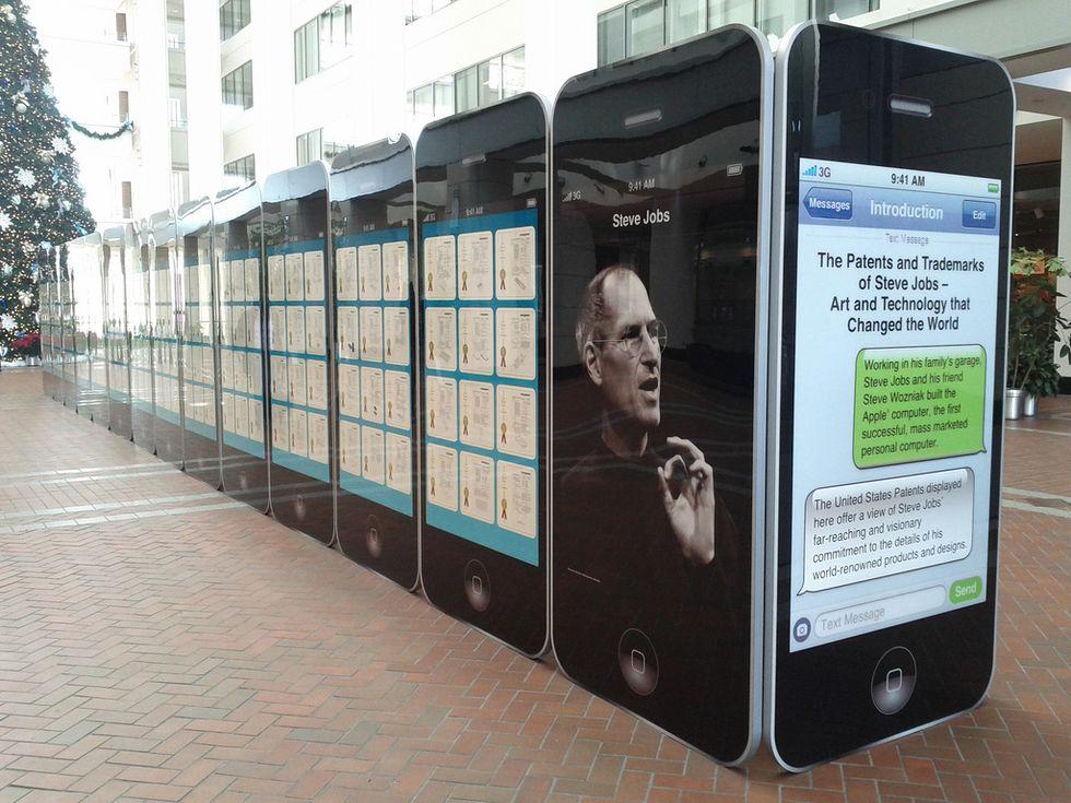 Apple fa pace con HTC. Ma la guerra dei brevetti continua