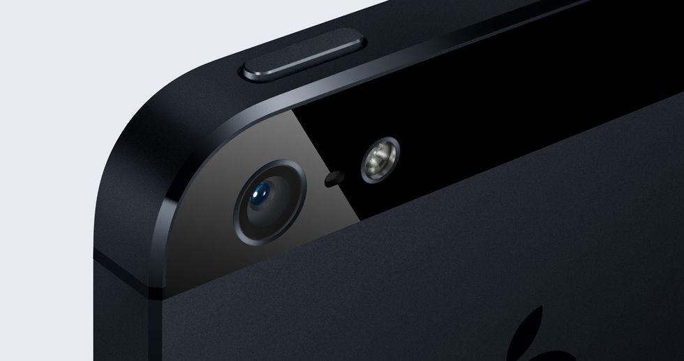 iPhone, si lavora su una fotocamera slow-motion