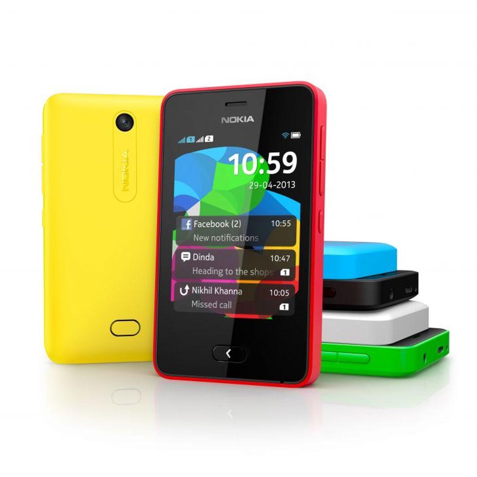 Nokia Asha 501: lo smartphone democratico