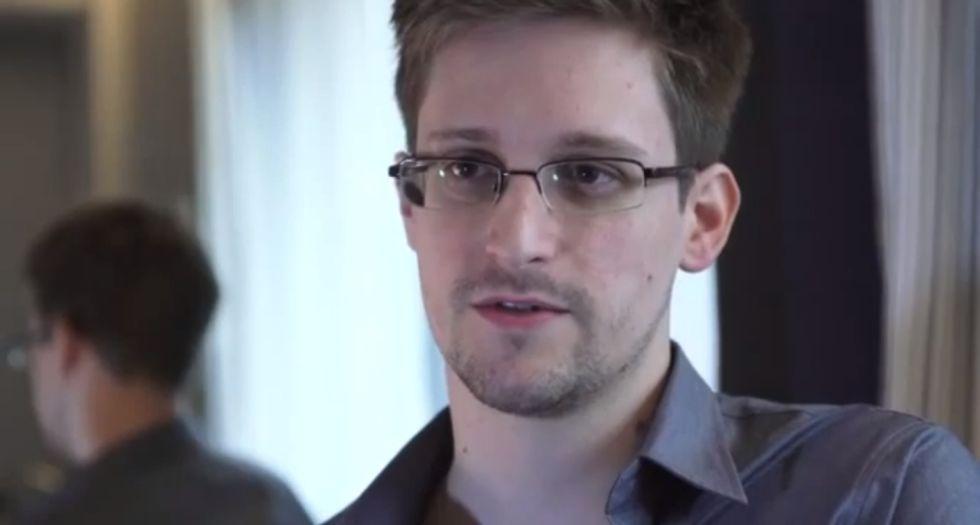 Snowden ottiene l'asilo in Russia