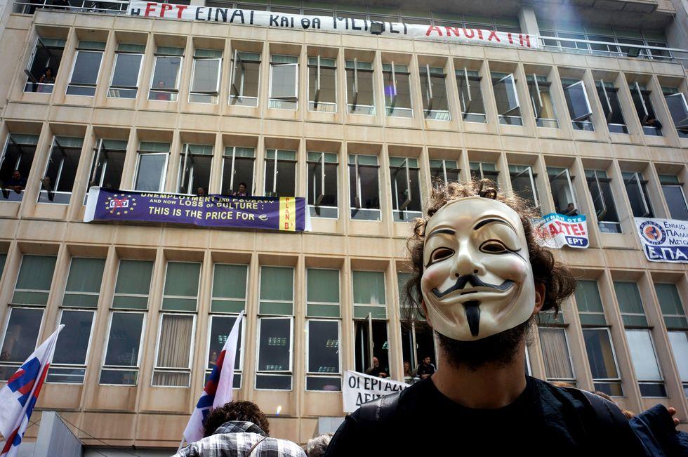 La Grecia spegne la tv e le speranze di ripresa
