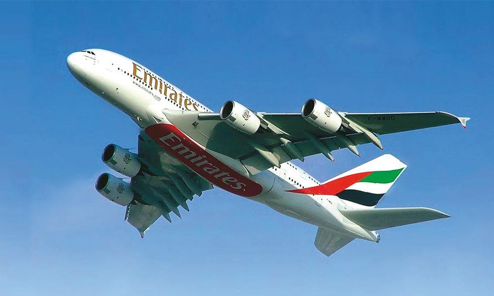Sfida sul filo dell'euro tra Emirates e Alitalia