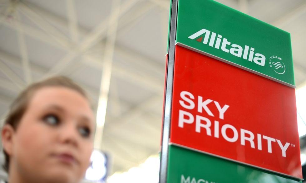 """Alitalia con Etihad, ma i """"patrioti"""" sperano ancora in Air France"""
