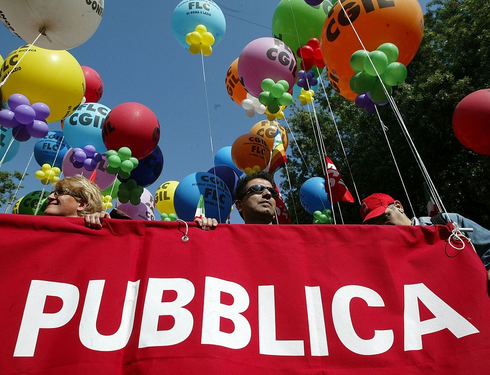 Precari e pubblica amministrazione: chi sono, dove lavorano e cosa chiedono al governo Letta