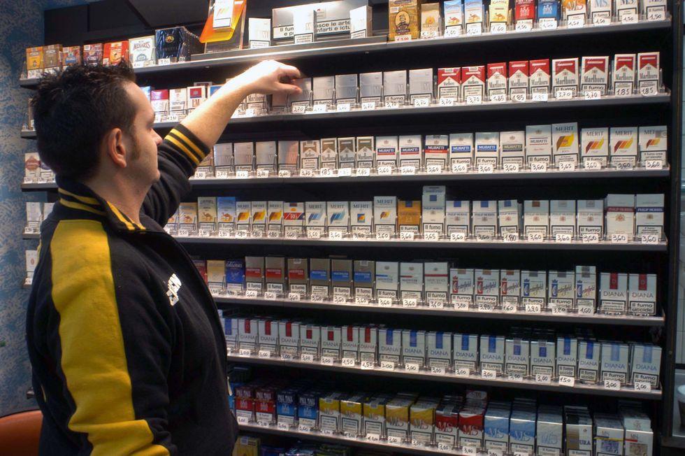 Sigarette e nuove tasse, a rimetterci saranno i fumatori