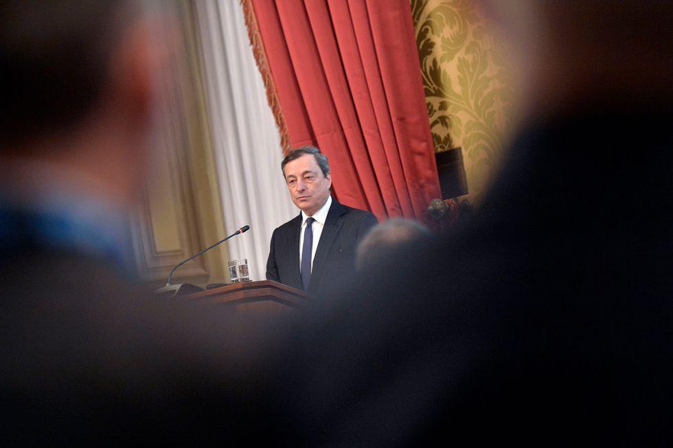 Perché la Germania ce l'ha con Mario Draghi