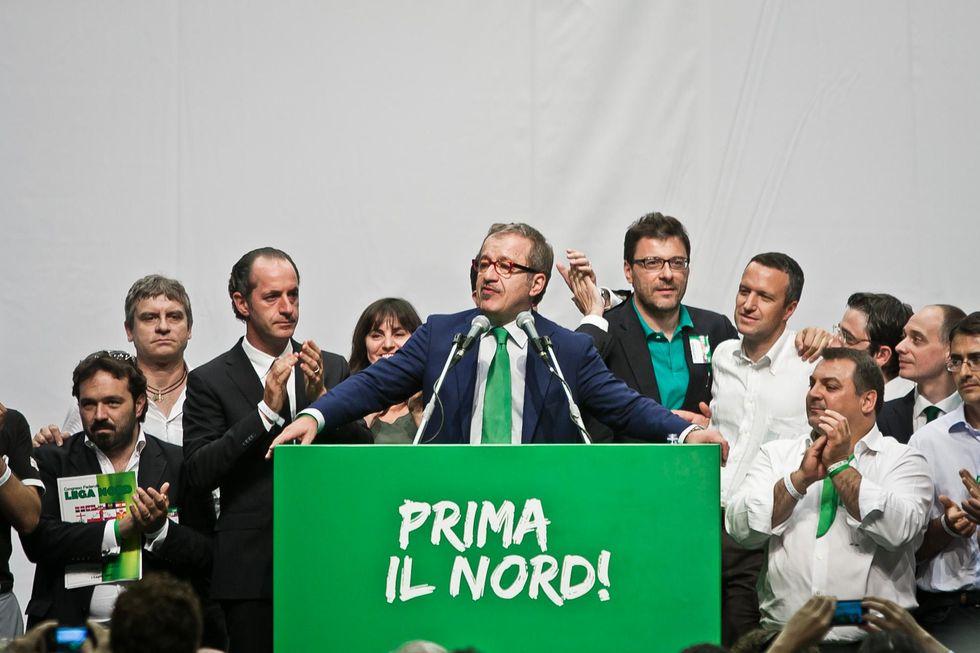 Acclamazione per Maroni, lacrime per Bossi, ecco la nuova Lega Nord