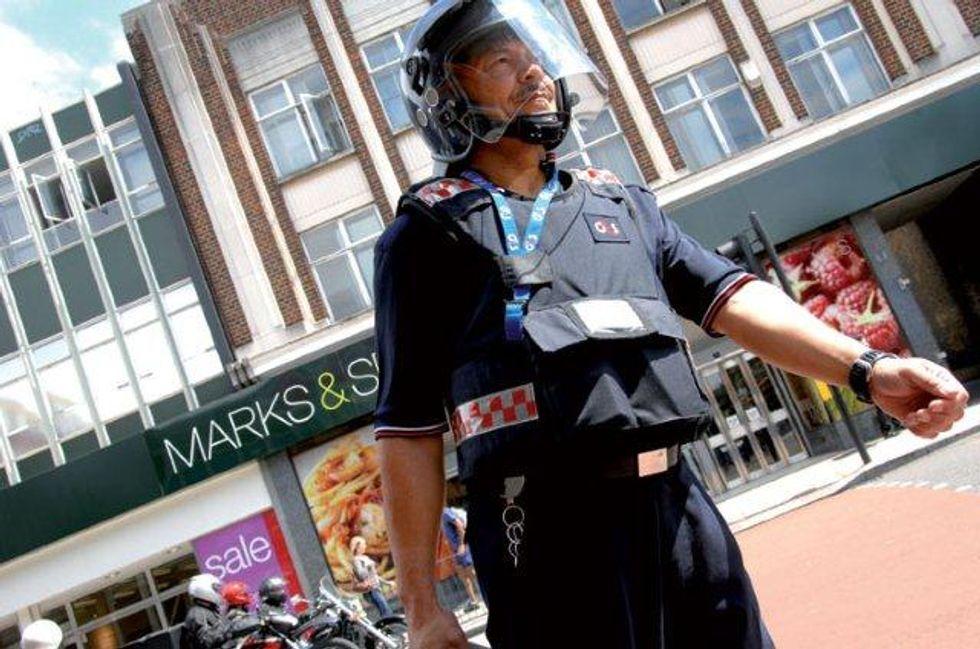 Allarme a Londra: la sicurezza delle Olimpiadi fa acqua