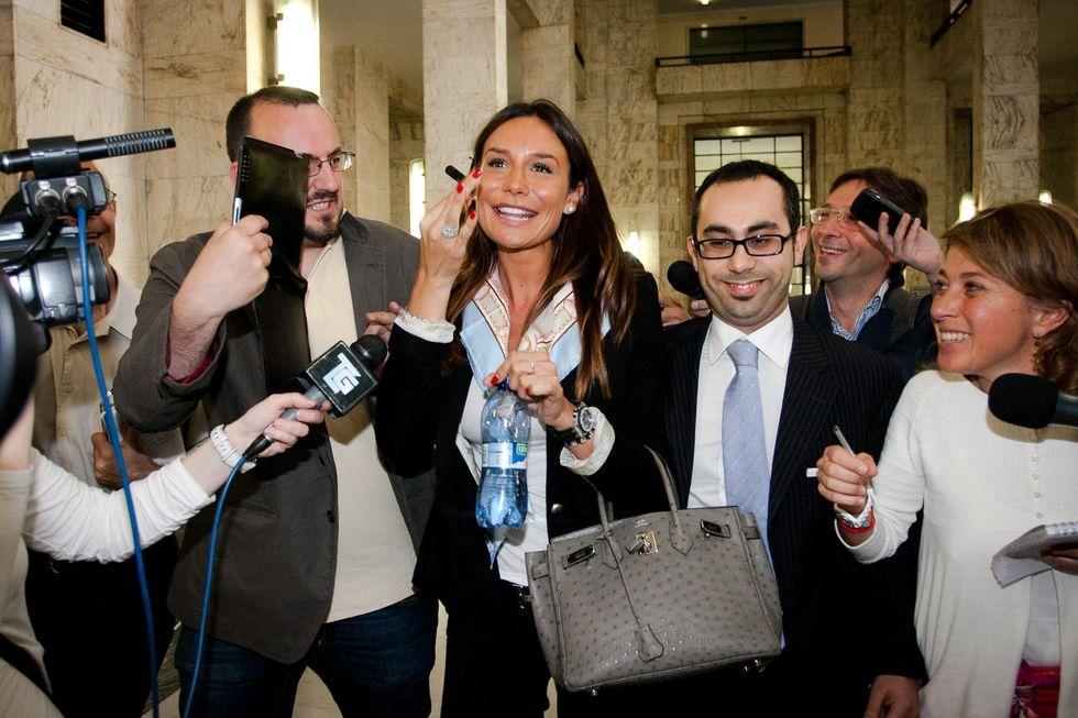 Nicole Minetti: 'Resto in politica, con un figlio'