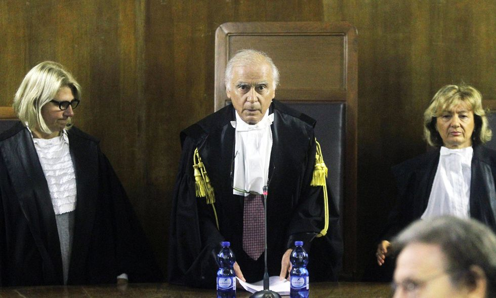 Berlusconi condannato a quattro anni per frode fiscale