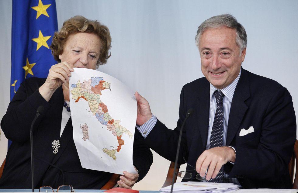 Il Governo taglia 35 Province - LA MAPPA