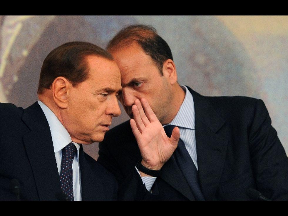 L'equilibrio d'amore tra papà Silvio e Angelino Alfano