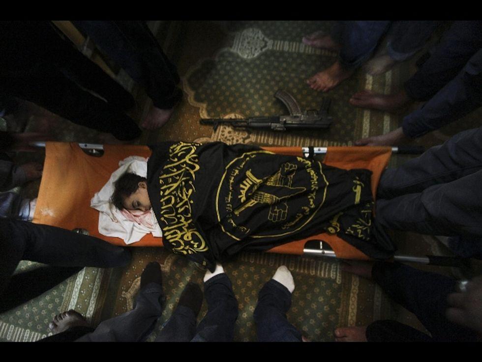 La verità? Israele difende i propri figli, Hamas li usa come scudi umani