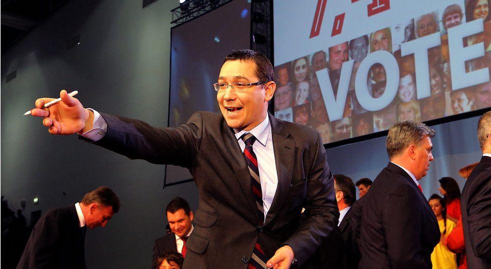 """Victor Ponta, un """"contorsionista"""" alla testa della Romania"""