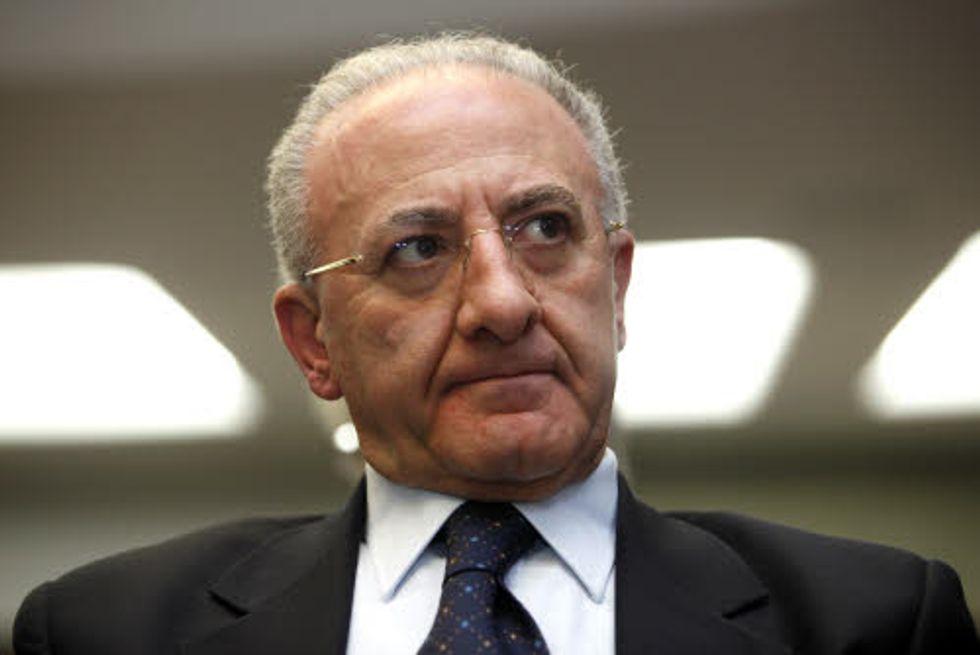 """Il primo sindaco d'Italia attacca Monti: """"Fa politiche demenziali"""""""