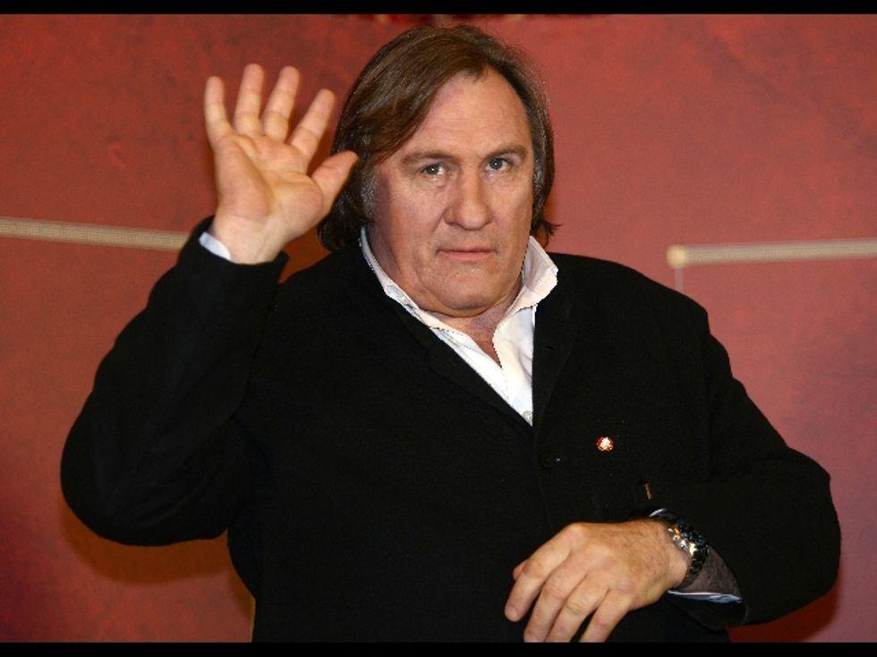 Davanti e dietro Depardieu, una fila di esiliati per tasse