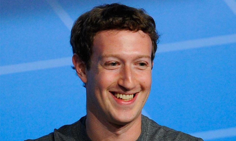 """Mark Zuckerberg e """"Un anno di libri"""", il suo circolo letterario"""
