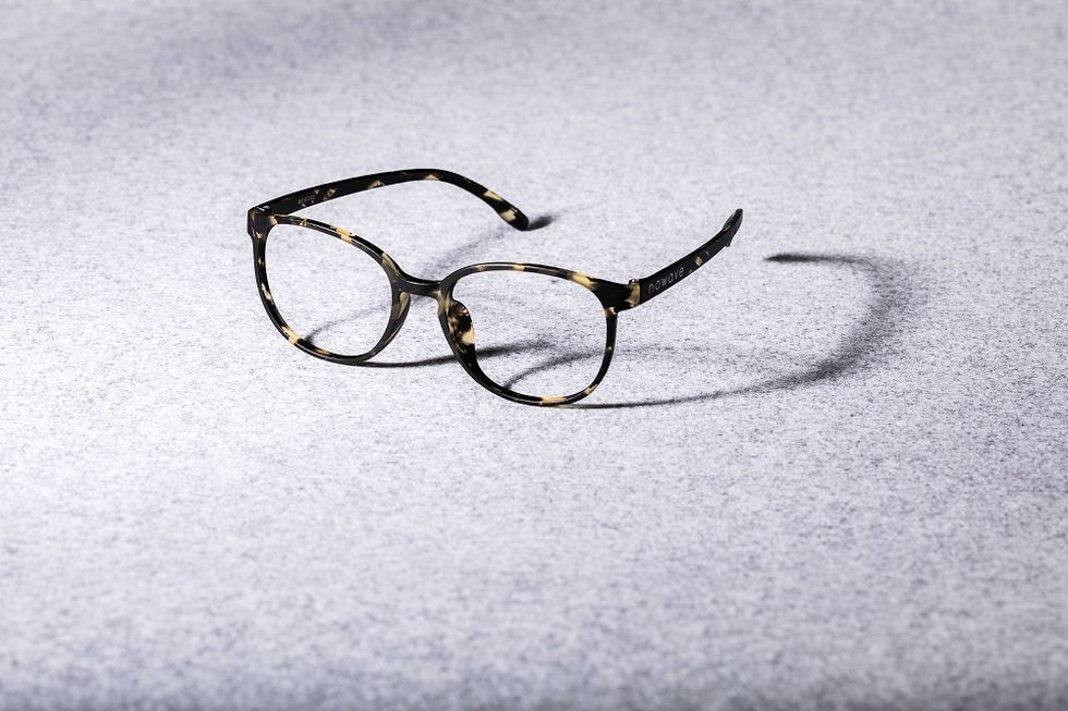 Nowave: mixing design with excellent eye care