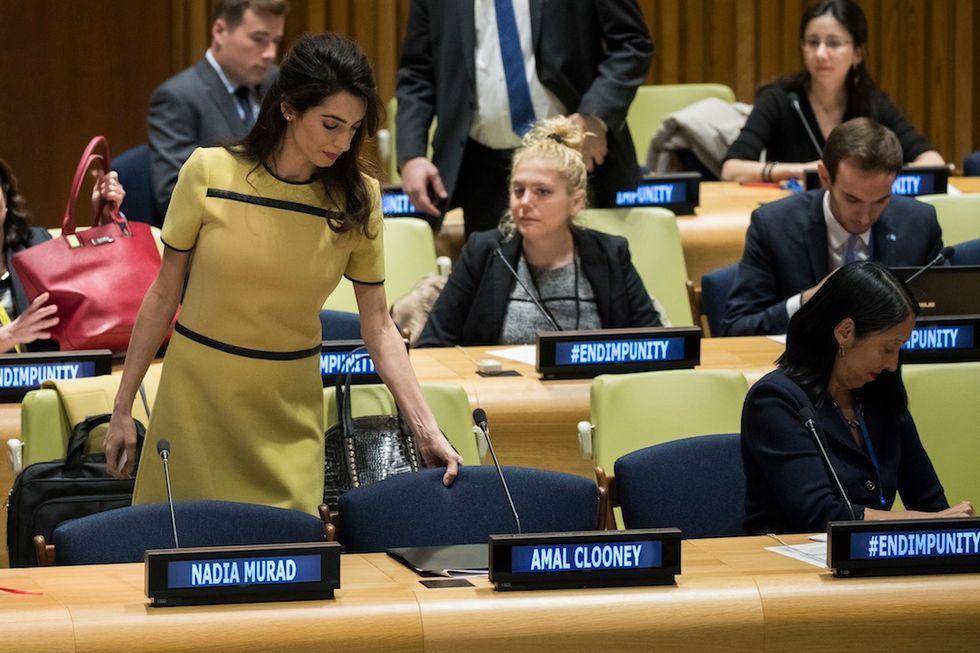 Amal Clooney incinta ha parlato all'Assemblea Onu