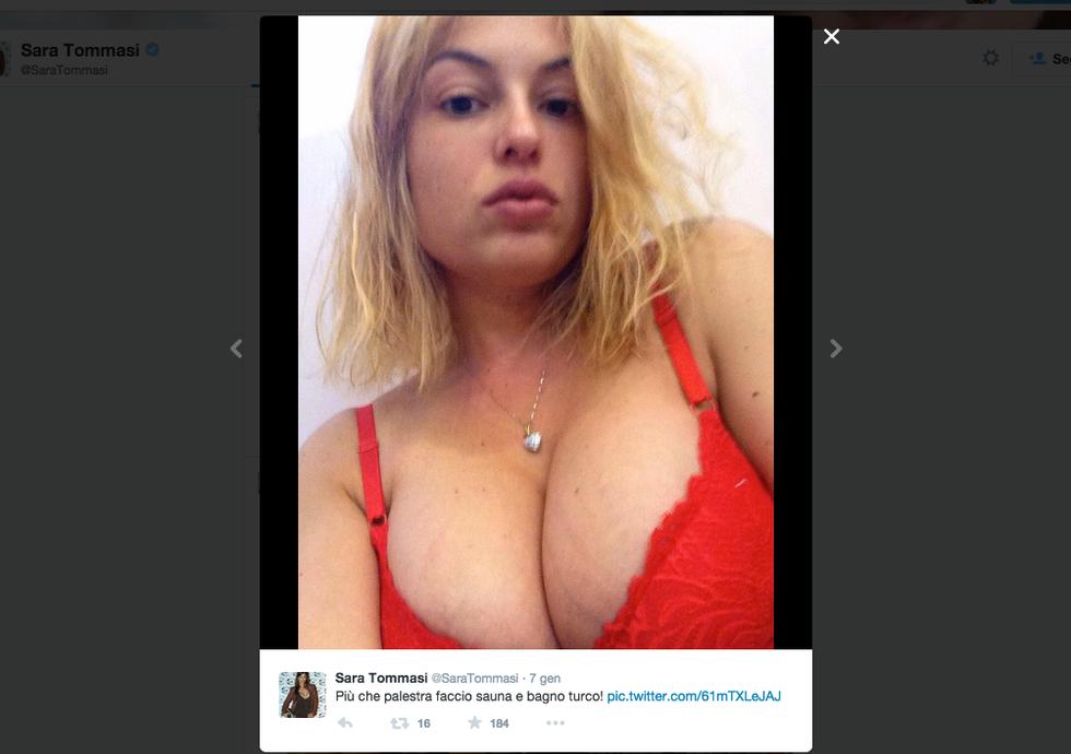 Sara Tommasi, il sexy ritorno sui social network