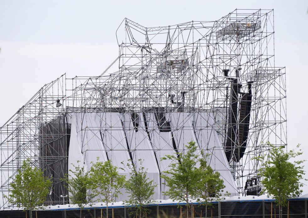 Radiohead postpone a string of European concerts