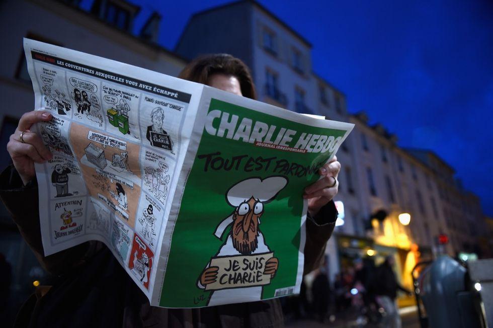 Charlie Hebdo sospende le pubblicazioni