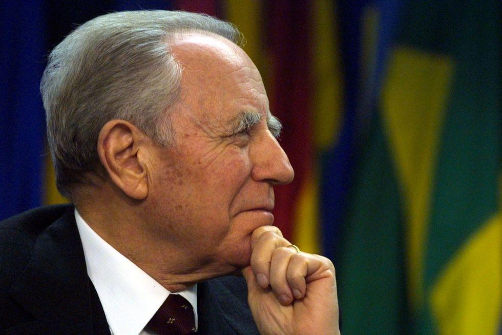 Carlo Azeglio Ciampi giornalisti schiena dritta