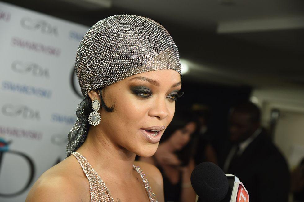 Rihanna minacciata di morte da uno stalker