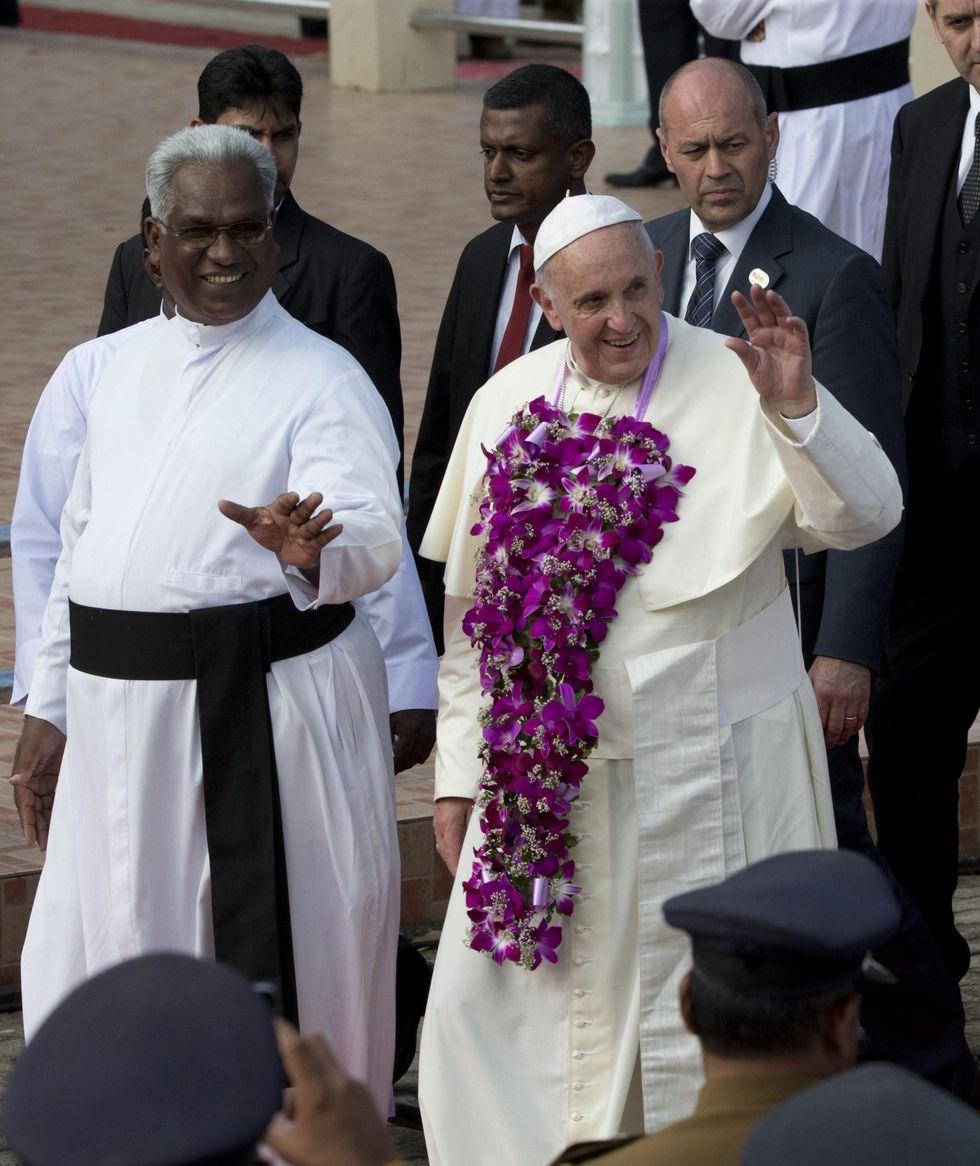 Sri Lanka: il Papa tra le vittime della guerra