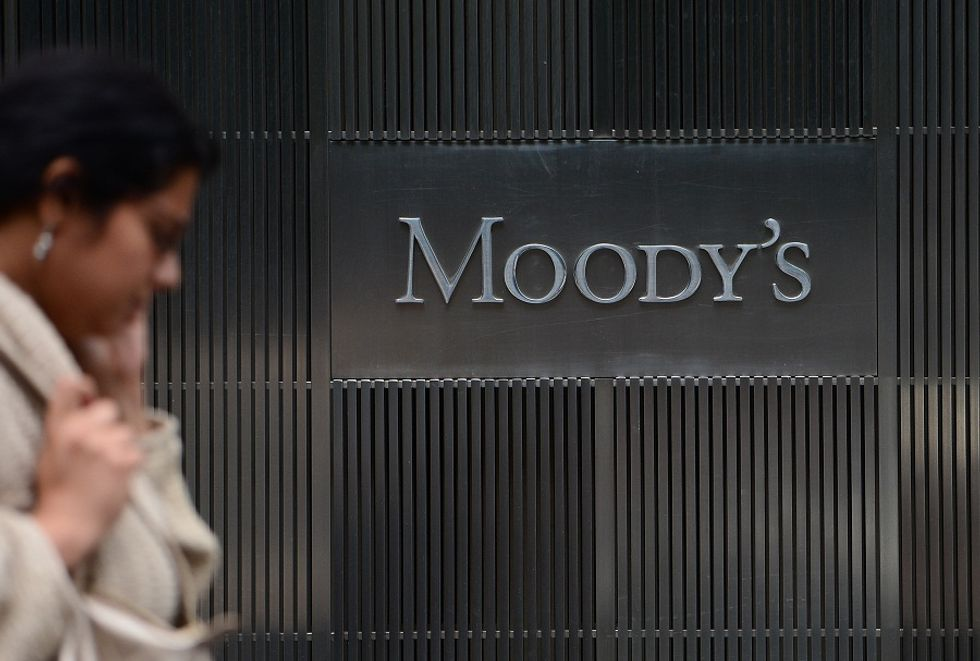 Italy is stronger than Spain. That's what Moody's says