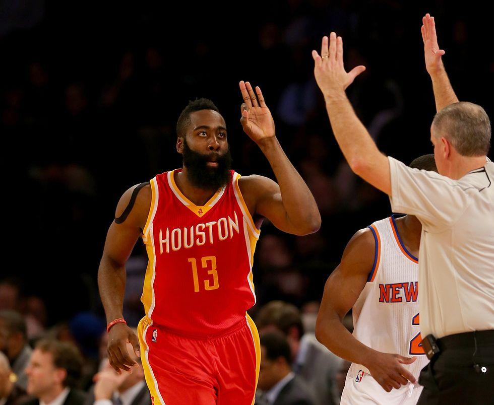 Nba, la pallacanestro dei Rockets che cancella il tiro dalla media