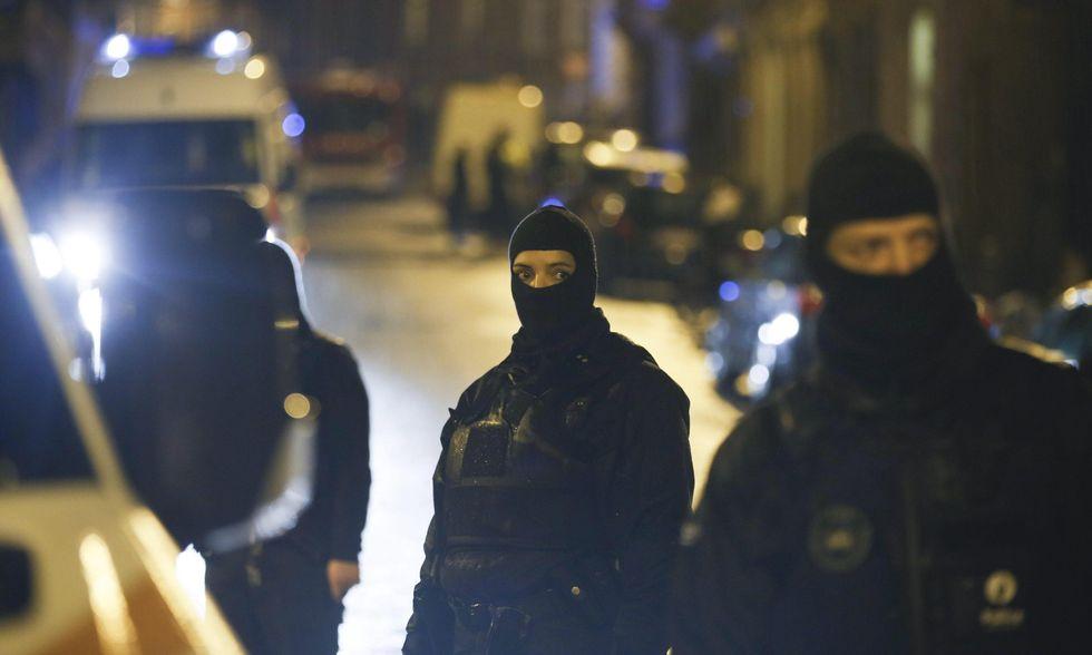 """Blitz a Lunel, la """"fabbrica di jihadisti"""""""