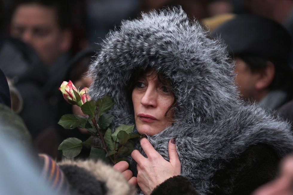 Gli attentati in Francia: le testimonianze in un libro