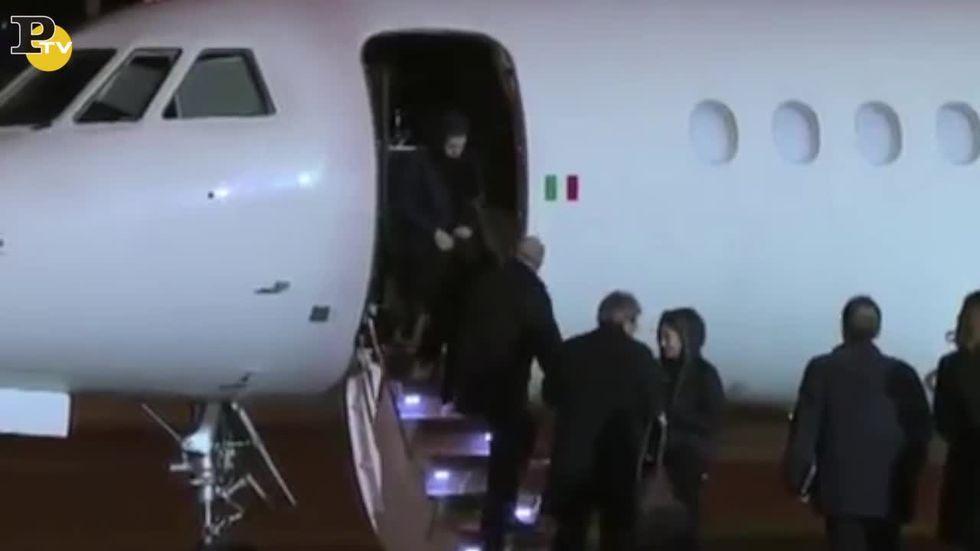 Greta e Vanessa arrivate a Ciampino