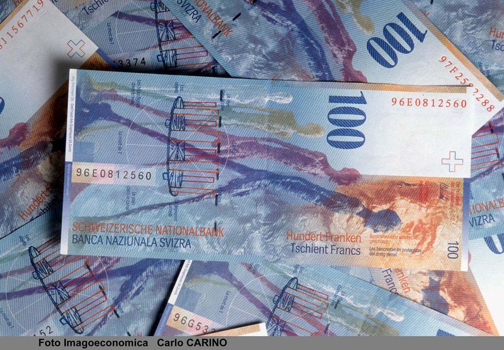 Investire in franchi svizzeri, cosa fare adesso