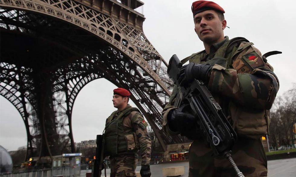 6 libri per capire le cause della strage di Parigi