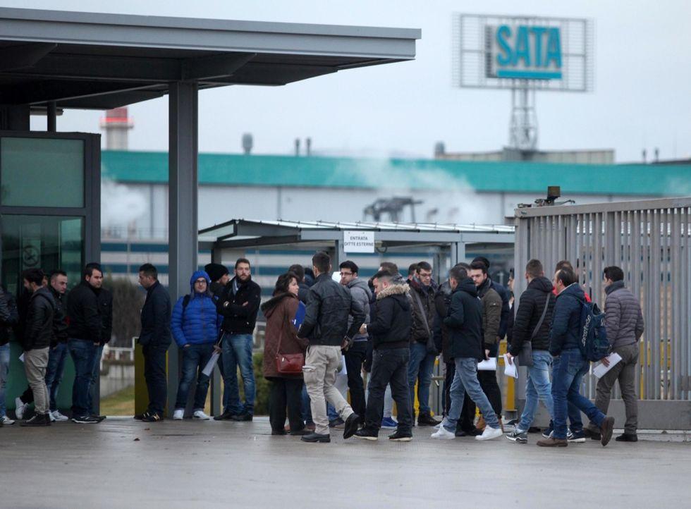 La disoccupazione frena: 93mila nuovi posti di lavoro in dicembre