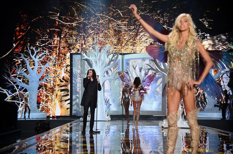 Victoria's Secret: svelate le star che canteranno alla sfilata
